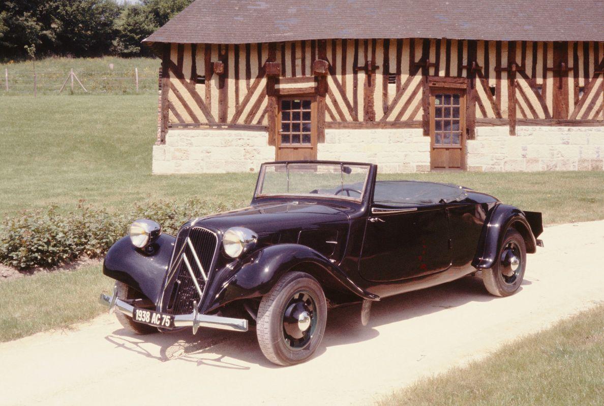 TRACTIONAVANT11BCABRIOLET35PLACES1938